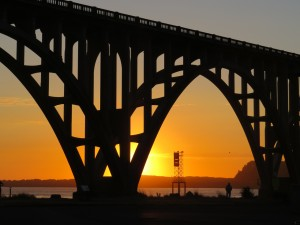 Newport, Oregon coast, Yaquina Bay Bridge, sunset, Tip of a Bone