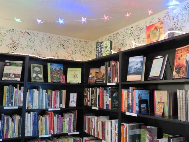 brilliant moon book corner 2
